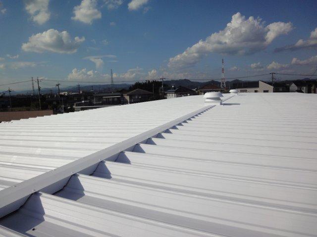 遮熱塗料ミラクール施工実績2012 群馬県太田市 ガルバニウム鋼板屋根 S100クールホワイト