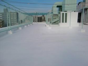 遮熱塗料ミラクール施工実績2010 東京都中野区マンション屋上 AW700クールホワイト施工