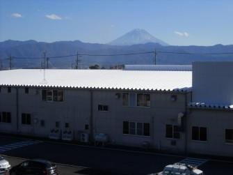 遮熱塗料ミラクール施工実績2011 山梨森紙業(株)折板屋根 S100クールホワイト施工