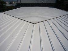 製品S300 施工例写真2 工場事務所屋根