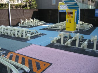 遮熱塗料ミラクール施工写真 道路 駐輪場