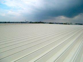 遮熱塗料ミラクール施工のお客様の声・キハラ様配送センター(施工前)